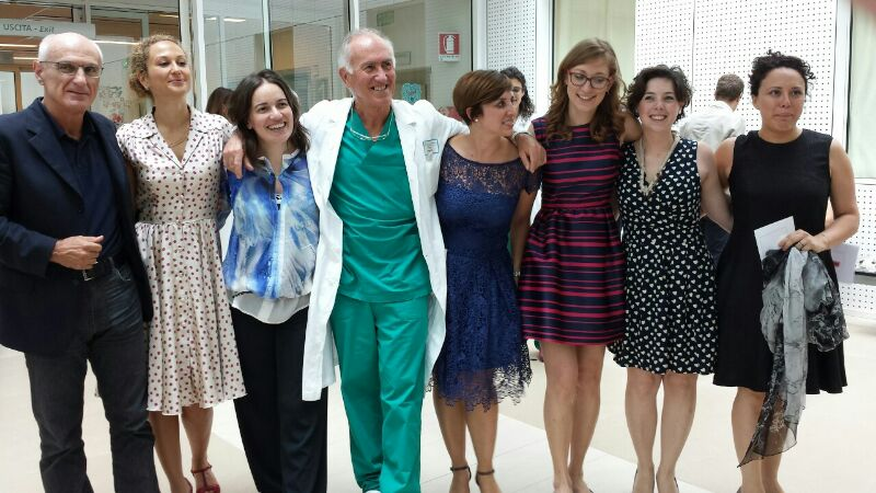 La Dr.ssa Francesca Savina a Parma con i suoi colleghi nel giorno della discussione della tesi di Specializzazione in Pediatria.